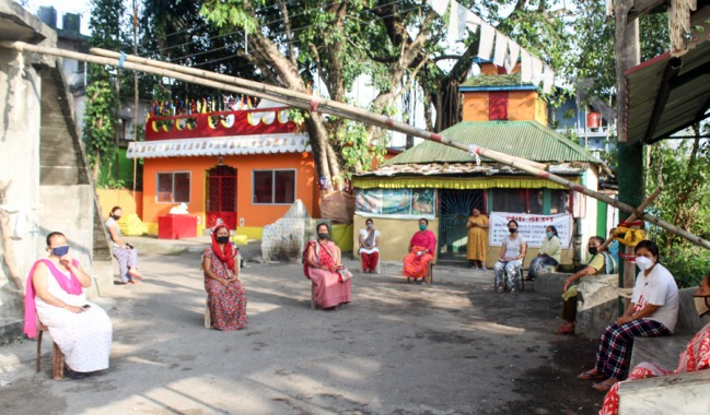Women guard Upper Bagdogra village as Covid warriors