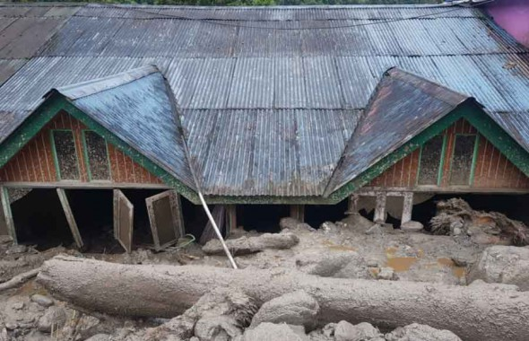 Chamling directs party workers to help Passingdong victims